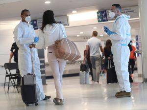 pruebas-covid-aeropuerto-300x225